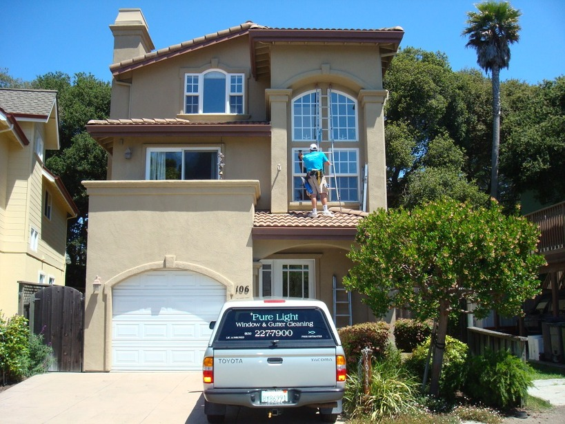 Window Cleaning and Gutter Cleaning Santa Cruz Ca.